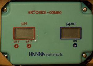 Hanna GroCheck pH & TDS Combo Meter